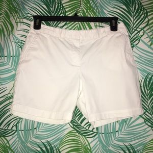 Talbots crisp white shorts in 8 Petite.
